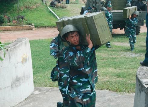 Xem bộ đội Trung đoàn cao xạ 280 đưa pháo vào trận địa - ảnh 4