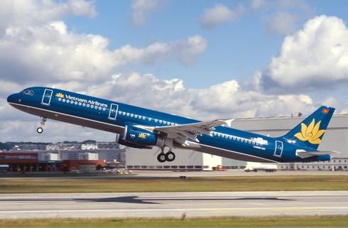 Giá vé máy bay nội địa giảm từ 1/10/2015 - ảnh 1