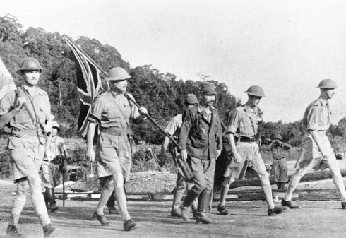 5 trận đại bại đáng xấu hổ trong lịch sử quân đội Anh - ảnh 4