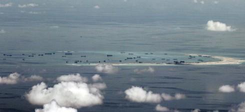 Hải quân Mỹ công bố đoạn phim Trung Quốc xây dựng ở Trường Sa - ảnh 1