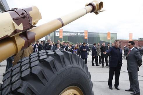 Quan chức Nga: Cấm vận như liều thuốc bổ, thúc đẩy sản xuất vũ khí - ảnh 1