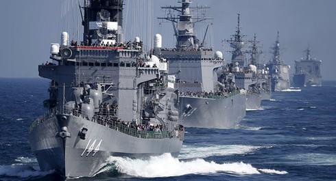 Nhật Bản chi tiêu quốc phòng kỷ lục đối phó nguy cơ từ Trung Quốc - ảnh 1