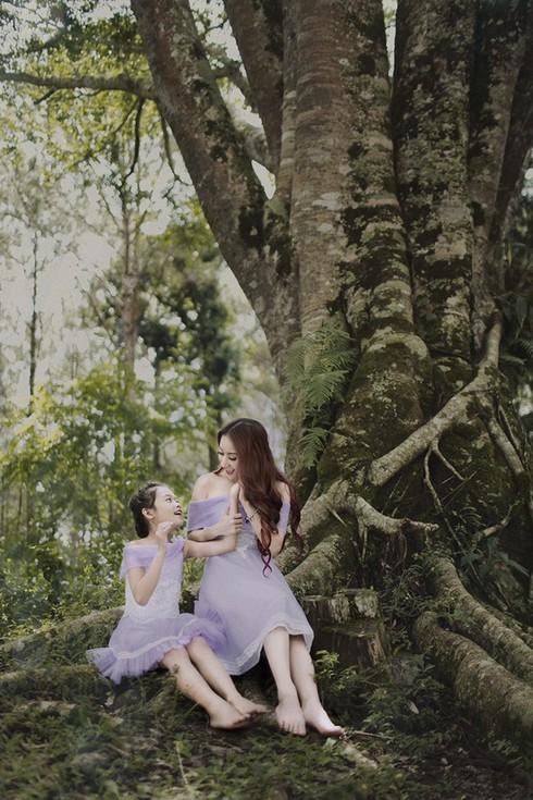 Bước nhảy hoàn vũ 2015: Giám khảo Khánh Thi kết hợp với bé Linh Hoa - ảnh 5