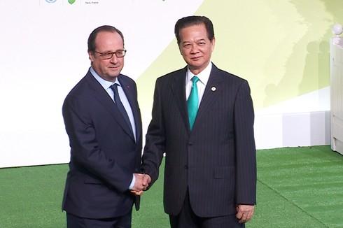 Thủ tướng tham dự Hội nghị thượng đỉnh về biến đổi khí hậu COP 21 - ảnh 1