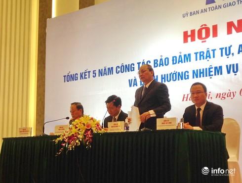 Phó Thủ tướng Nguyễn Xuân Phúc: Cần ứng dụng KHCN để đảm bảo ATGT - ảnh 1