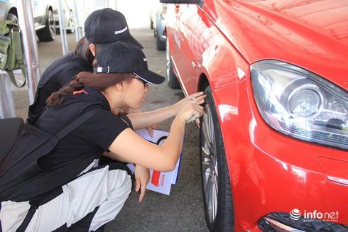 """TP.HCM: """"Drive in Style"""" dạy phong cách xe sang cho dân chơi Việt Nam - ảnh 3"""