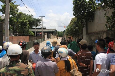 Thảm sát gia đình 6 người chết: Công an đang khám nghiệm hiện trường - ảnh 9