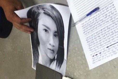 Vẽ chân dung nữ sát thủ đâm chết nam thanh niên trên đường phố Sài Gòn - ảnh 1