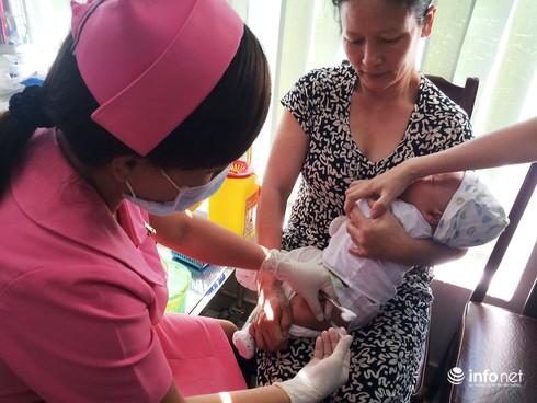 Ngày đầu tiên tiêm vắc xin dịch vụ: Trật tự, quang đãng và hài lòng - ảnh 1