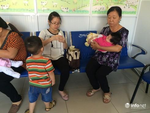 Ngày đầu tiên tiêm vắc xin dịch vụ: Trật tự, quang đãng và hài lòng - ảnh 2