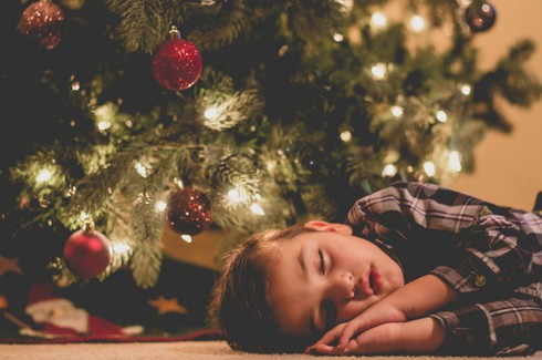 Cười ngặt nghẽo với các tư thế ngủ chỉ có ở trẻ em - ảnh 6