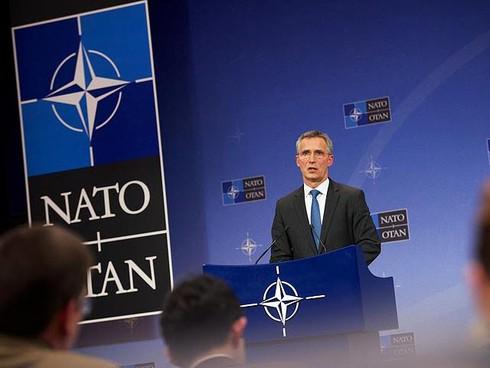 NATO sẽ tăng cường hệ thống phòng không 'đối đầu' tên lửa S-400 của Nga - ảnh 1
