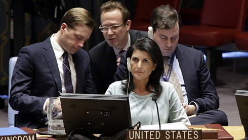 Đại sứ Mỹ tại Liên Hợp Quốc kêu gọi EU không dỡ bỏ lệnh trừng phạt Nga - ảnh 1