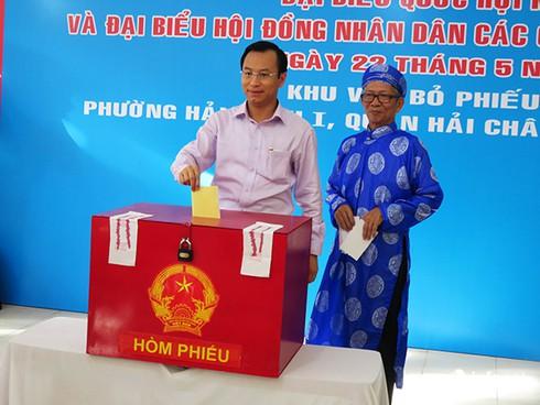 Bí thư, Chủ tịch Đà Nẵng tham gia bỏ phiếu từ sáng sớm - ảnh 5