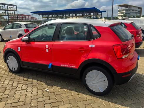 Volkswagen Cross Polo - Xe Đức giá 725 triệu đấu Ford EcoSport tại Việt Nam - Ảnh 2.
