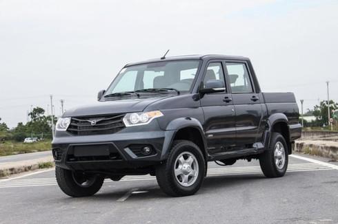 Xe Nga giá rẻ vào Việt Nam, khó vượt xe Nhật, Hàn