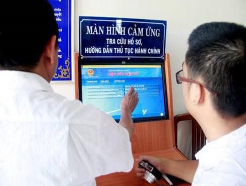 Số người dùng Internet tại nhà ở Việt Nam tăng mạnh trong 3 năm qua | Tỷ lệ người dùng Cổng thông tin điện tử thấp hơn nhiều tỷ lệ người dùng Internet | Nhu cầu tham gia quản trị điện tử tại Việt Nam sẽ ngày càng lớn
