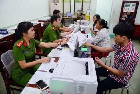 Bộ Công an đề xuất nhận hồ sơ cấp thẻ căn cước công dân qua dịch vụ công trực tuyến - ảnh 1