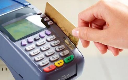 Ngân hàng Nhà nước: Rủi ro thanh toán qua thẻ tại Việt Nam chỉ bằng 1/3 so với trung bình thế giới - ảnh 1