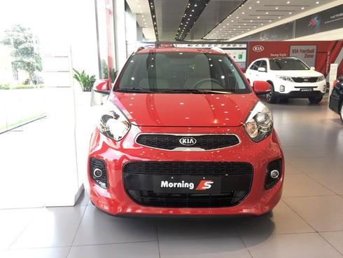Giá xe ô tô giảm trên diện rộng, khách hàng mua ngay hay chờ giảm tiếp? - ảnh 2
