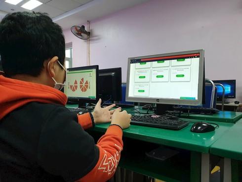 Ứng dụng học trực tuyến