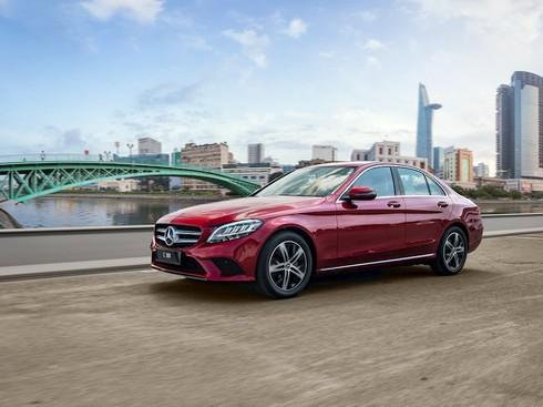 Mercedes – Benz tung xe sang C 180 giá rẻ 1,4 tỷ đồng - ảnh 5
