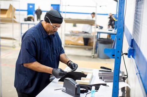 Ford sản xuất máy thở và mặt nạ phòng độc - ảnh 1