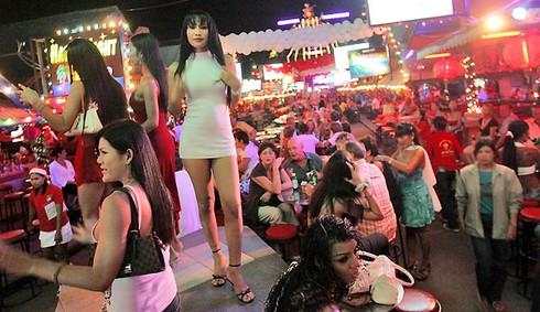 Thái Lan mở chiến dịch truy quét nạn mại dâm ở Pattaya, Phuket - ảnh 1