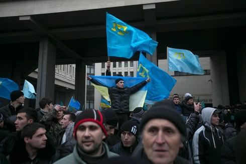 Crimea trưng cầu dân ý để tách khỏi Ukraine? - ảnh 1