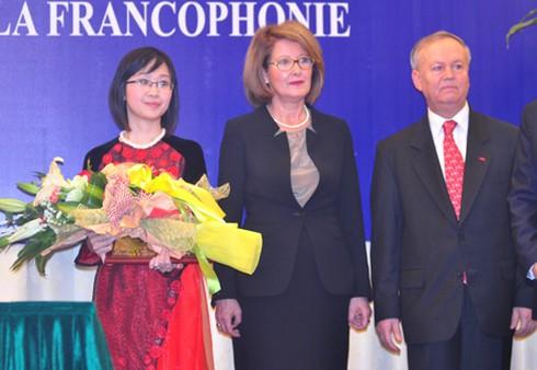 Nữ Phó Giáo sư trẻ: Ái nữ của dòng họ Nguyễn Lân - ảnh 2