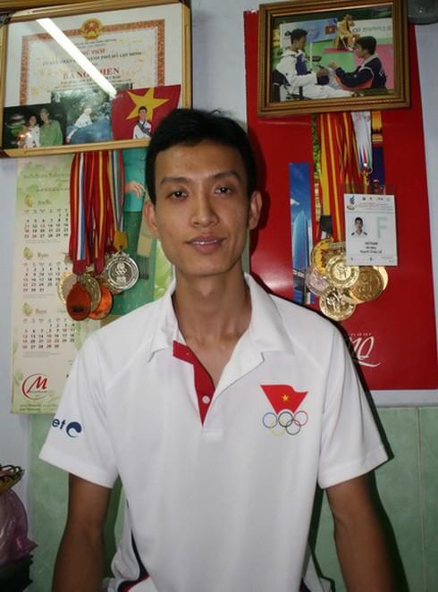Huỳnh Châu - 'Hy vọng vàng Olympic' sống ở ngôi nhà 10m2