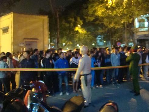 Hà Nội: Đang cháy dữ dội tháp 30 tầng, hàng chục người mắc kẹt