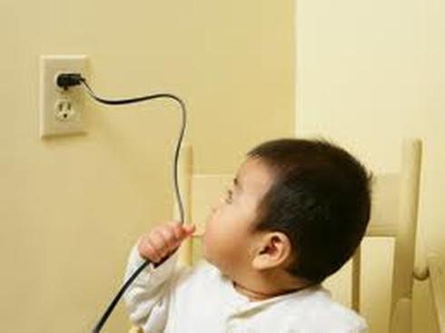 Đề phòng trẻ dễ bị tai nạn dịp Tết
