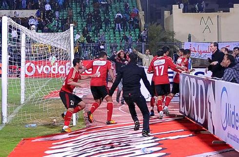 AI Cập: 74 người chết sau thảm họa bóng đá
