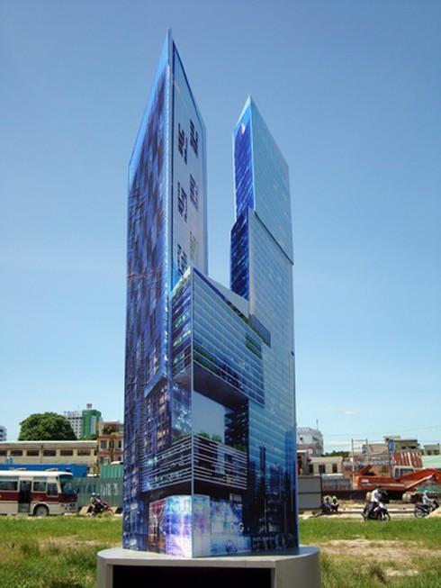 Tháp đôi cao nhất miền Trung: Lời hứa gió bay