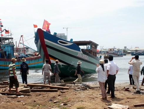 Liên tiếp hạ thuỷ tàu dịch vụ hậu cần nghề cá lớn bám Hoàng Sa, Trường Sa