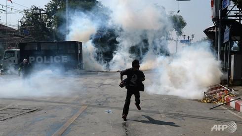 10.000 cảnh sát bảo vệ bầu cử ngày 2/2 tại Bangkok - ảnh 1