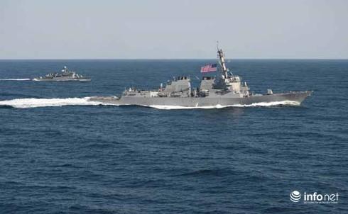 Tin thế giới 18h30: Tập trung chống IS, Mỹ dừng tuần tra trên Biển Đông - ảnh 1