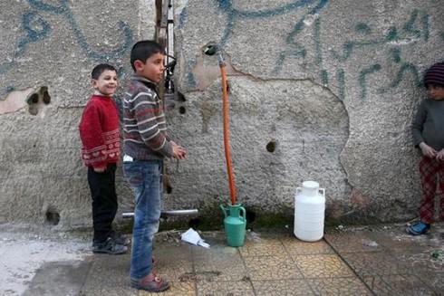 Syria: Hơn 5 triệu dân Damascus vật lộn trong cảnh thiếu nước sinh hoạt - ảnh 1