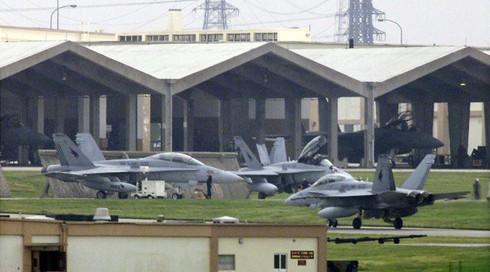 Vì sao hàng loạt chiến đấu cơ Mỹ hạ cánh khẩn cấp cùng một ngày xuống Nhật Bản? - ảnh 1
