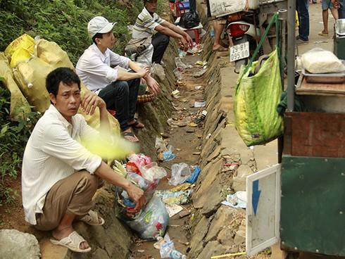 Shop TIN 18/4: Văn tế Vua Hùng - Người Nhật sau động đất - Rác ngày Đại lễ - ảnh 7