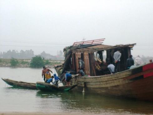 Triệt phá những ổ trộm cắp trên sông, chuyện bây giờ mới kể - ảnh 1