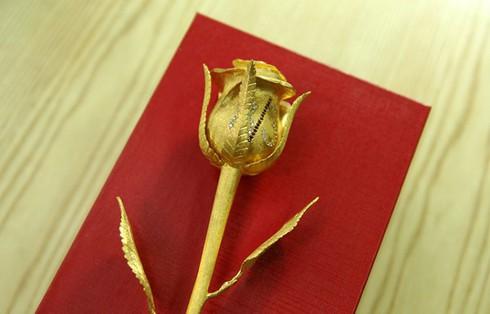 250 triệu mỗi bông hồng đại gia dịp 8/3 - ảnh 2