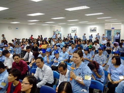 Chủ tịch Hà Nội: Tổng LĐLĐ dành 700-800 tỉ đồng cùng TP xây nhà ở cho công nhân - ảnh 2