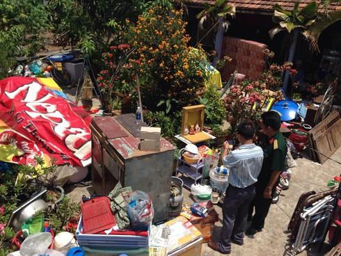 TP.HCM: Sạt lở khiến 3 căn nhà sụp xuống kênh - ảnh 4