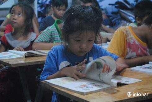 Ông nông dân làm…thầy của 130 trẻ em nghèo - ảnh 3