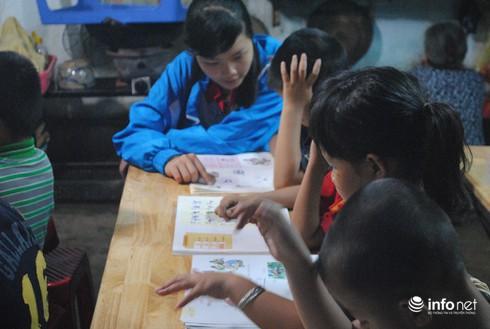Ông nông dân làm…thầy của 130 trẻ em nghèo - ảnh 6