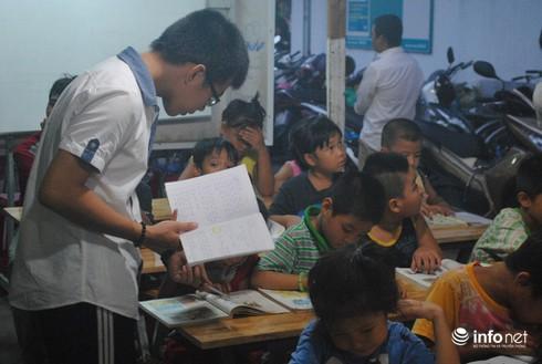 Ông nông dân làm…thầy của 130 trẻ em nghèo - ảnh 7