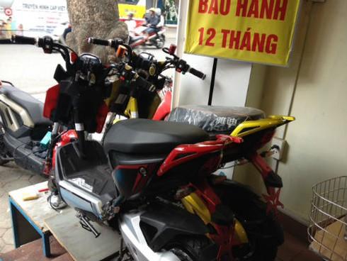 Bắt buộc đăng ký xe máy điện: Hớt hải, hoang mang vì... cái bàn đạp - ảnh 2