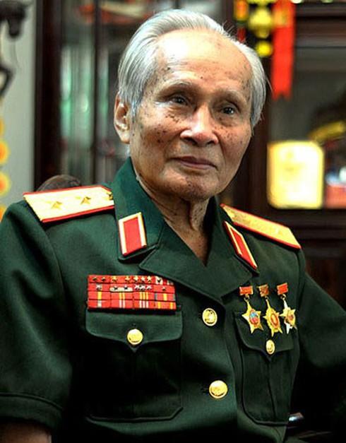 Tướng Nguyễn Quốc Thước: Đảo nhân tạo của TQ còn nguy hiểm hơn 981 nhiều - ảnh 2